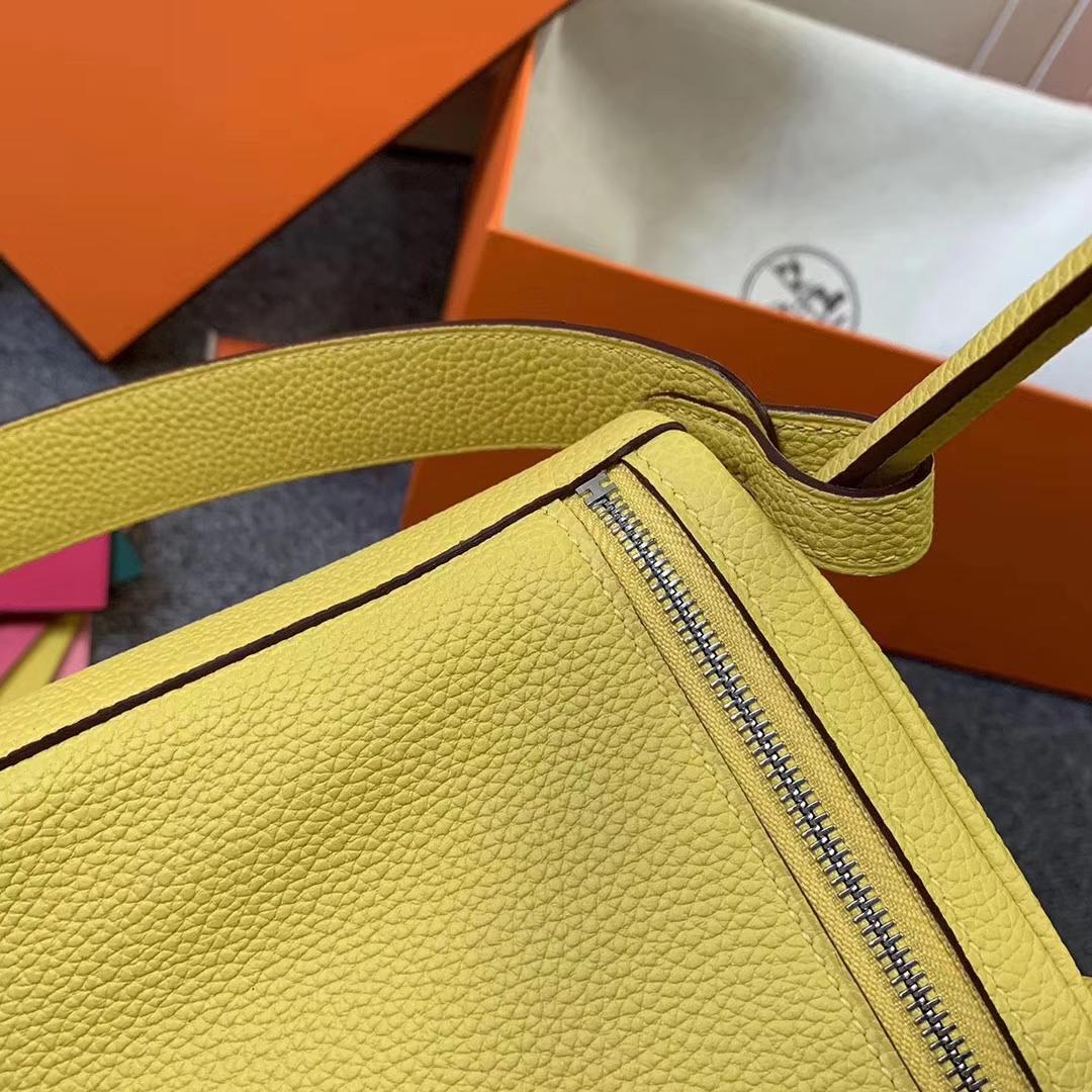 Hermès(爱马仕)那不勒斯黄 原厂御用顶级小牛皮 Lindy 26 银扣