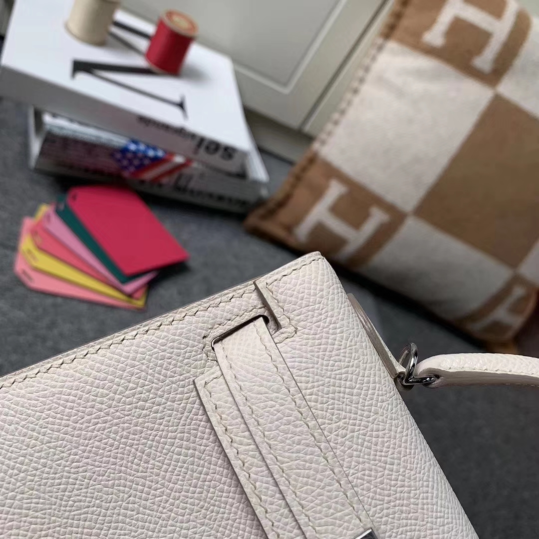 Hermès(爱马仕)奶昔白 原厂御用顶级Epsom 皮 Mini Kelly 2代 银扣 现货