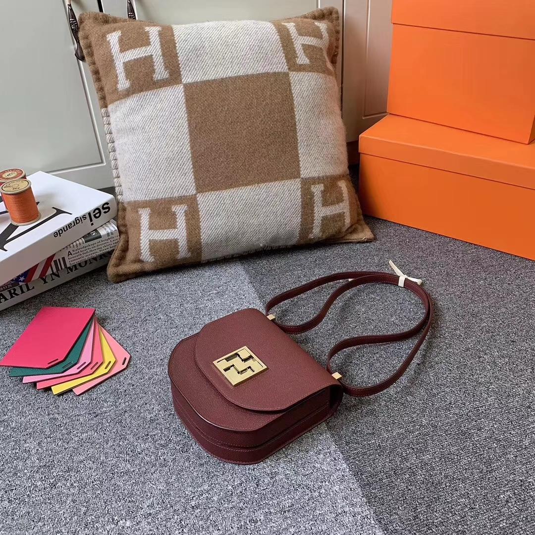 Hermès(爱马仕)爱马仕红 原厂御用顶级Epsom 皮 马赛克 金扣