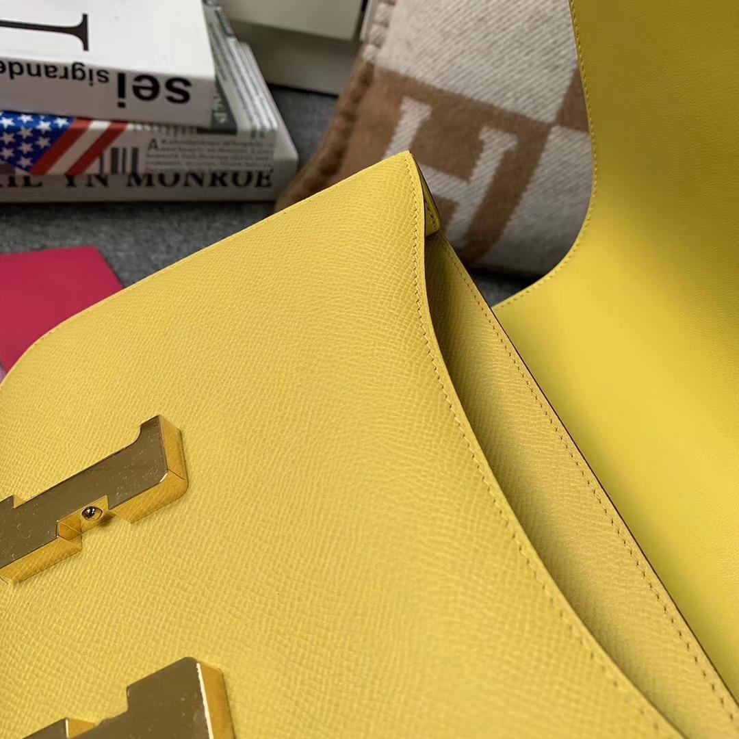 Hermès(爱马仕)那不勒斯黄 原厂御用顶级Epsom 皮 Constance 24 金扣 现货