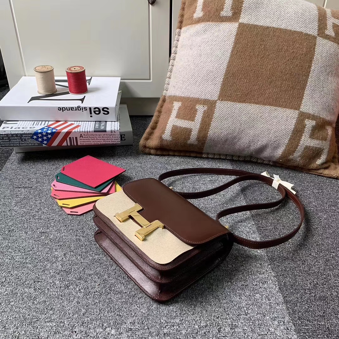 Hermès(爱马仕)爱马仕红 原厂御用顶级Box 皮 Constance 24 金扣 现货
