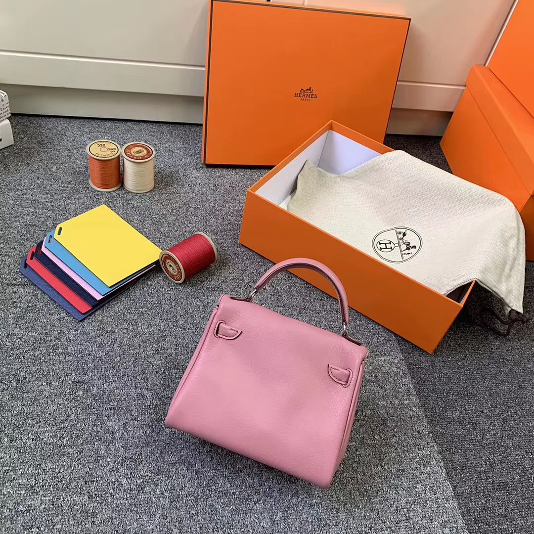 Hermès(爱马仕)5P樱花粉拼深咖啡 原厂御用顶级Swift 皮 Kelly doll 银扣 现货