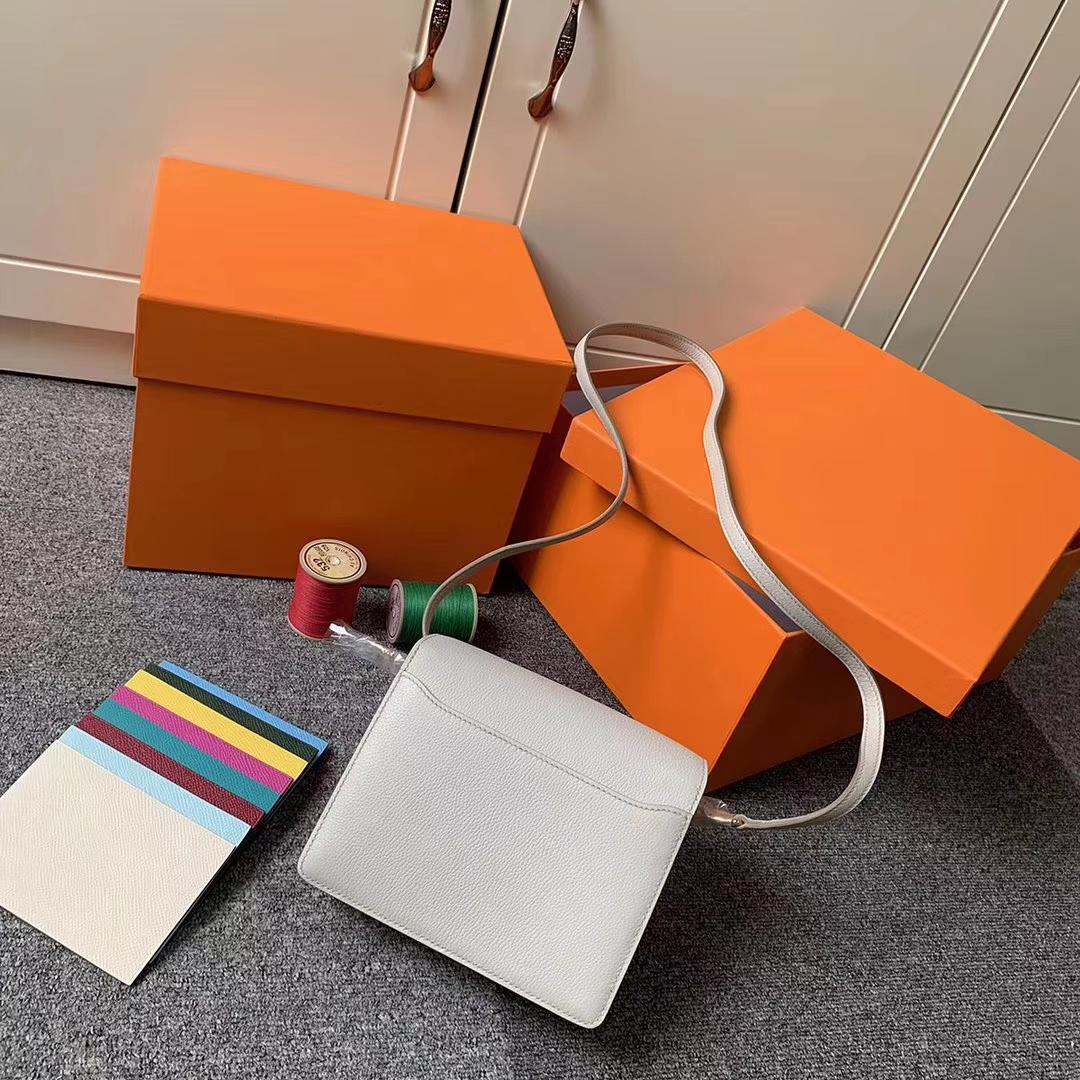 Hermès(爱马仕)8L冰川灰 原厂御用顶级Ever Color皮  Roulis 19  金扣 现货