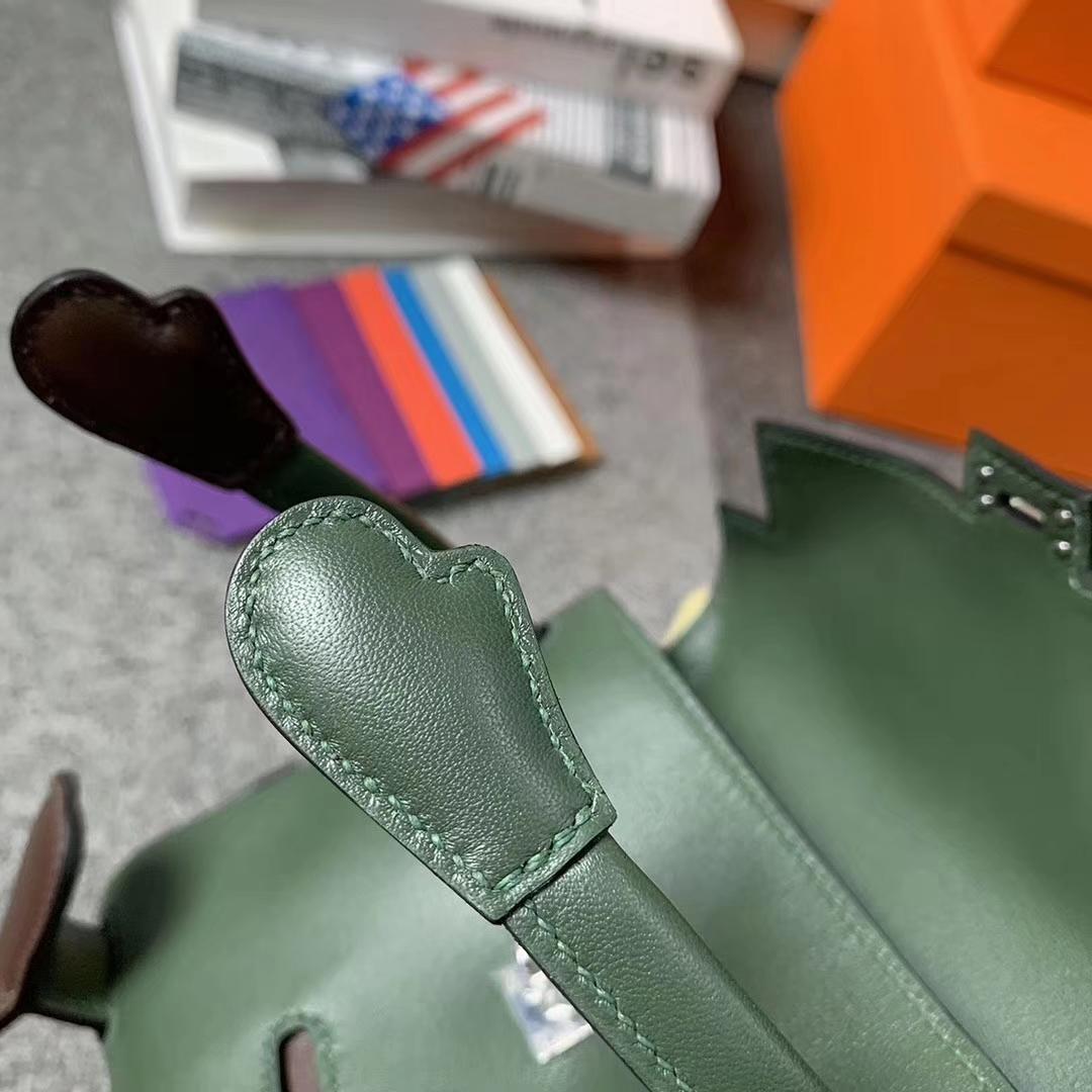 Hermès(爱马仕)V6 丛林绿拼咖啡 原厂御用顶级Swift 皮 Kelly doll 银扣 现货