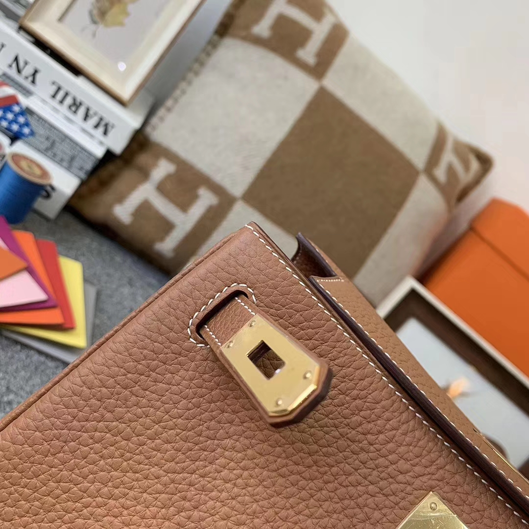 Hermès(爱马仕)C37 金棕色 原厂御用顶级TC皮 Kelly ado 银扣 现货