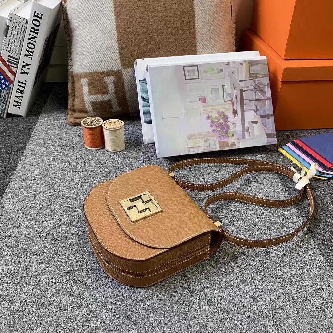 Hermès(爱马仕)C37 金棕色 原厂御用顶级Epsom 皮 马赛克 浅金扣 现货