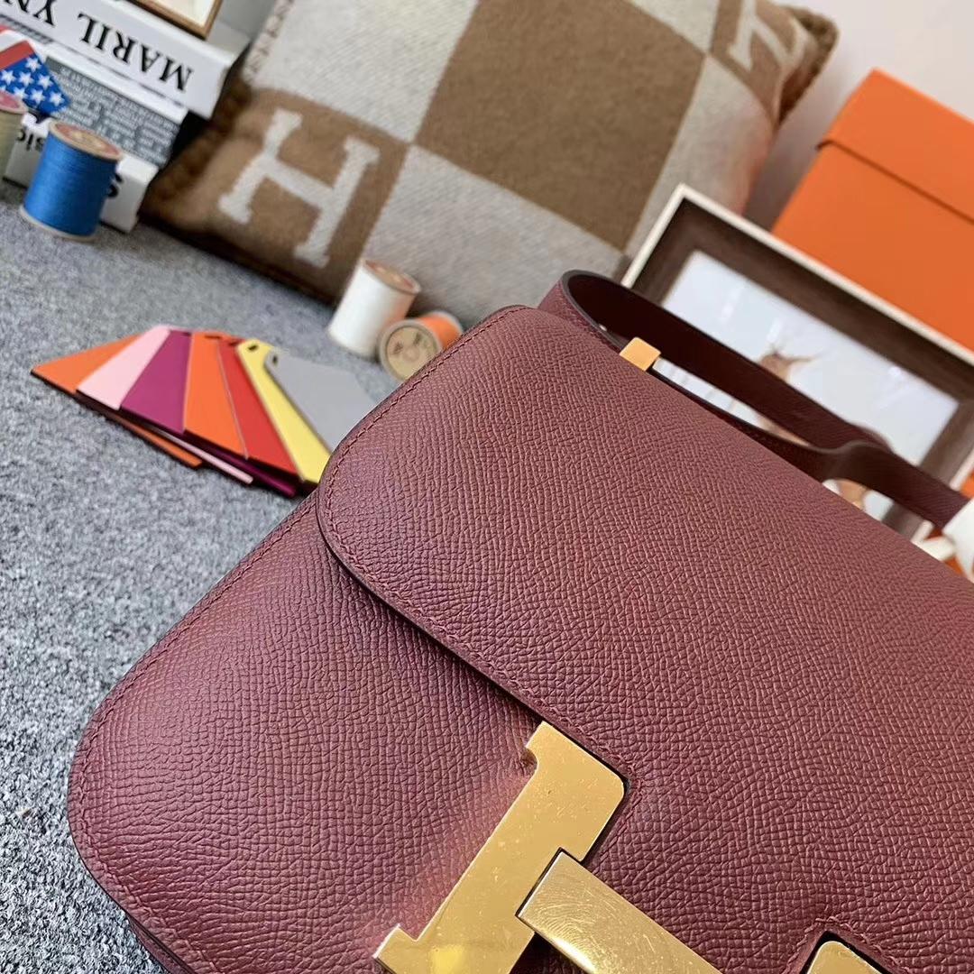 Hermès(爱马仕)爱马仕红 原厂御用顶级Epsom 皮 Constance 24 金扣 现货