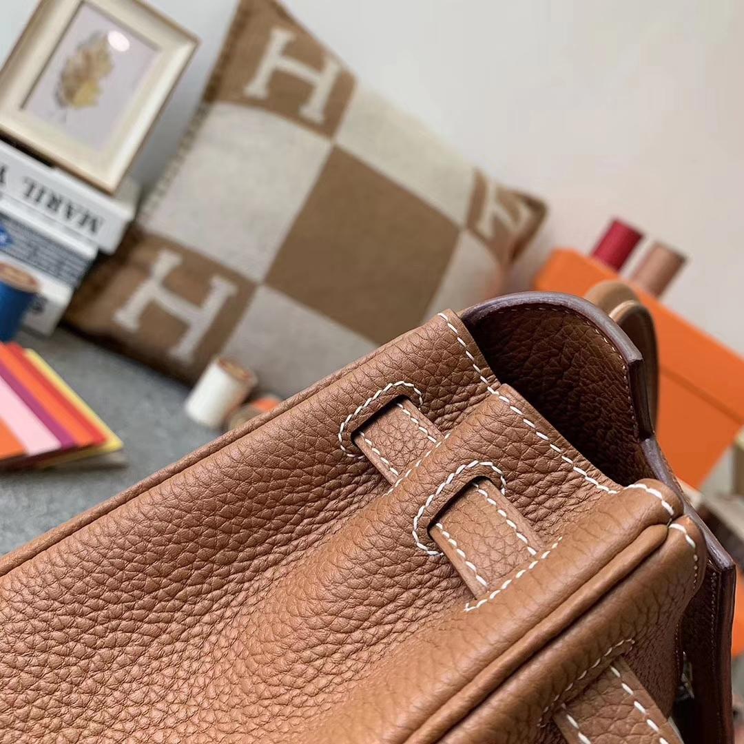 Hermès(爱马仕)C37 金棕色 原厂御用顶级小牛皮 Kelly 25 金扣 现货