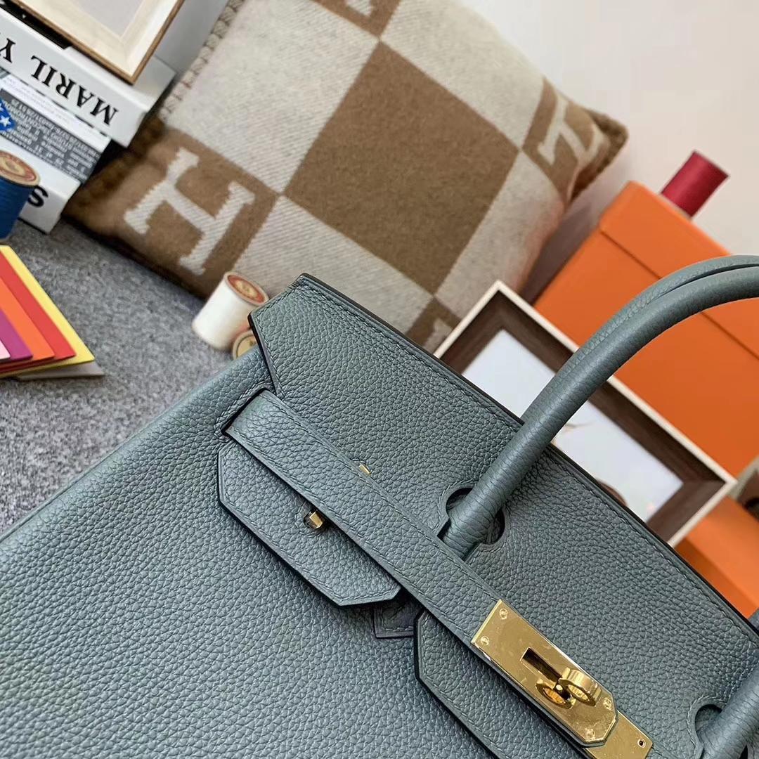 Hermès(爱马仕)杏绿色 原厂御用顶级小牛皮 Birkin 30 金扣 现货