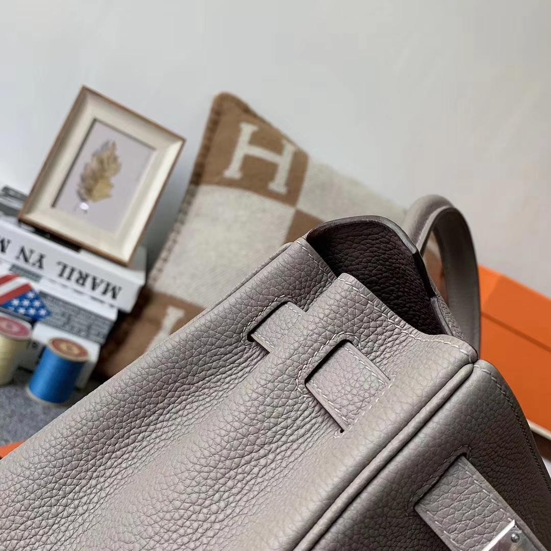 Hermès(爱马仕)M8 沥青灰 原厂御用顶级小牛皮 Kelly 28 银扣
