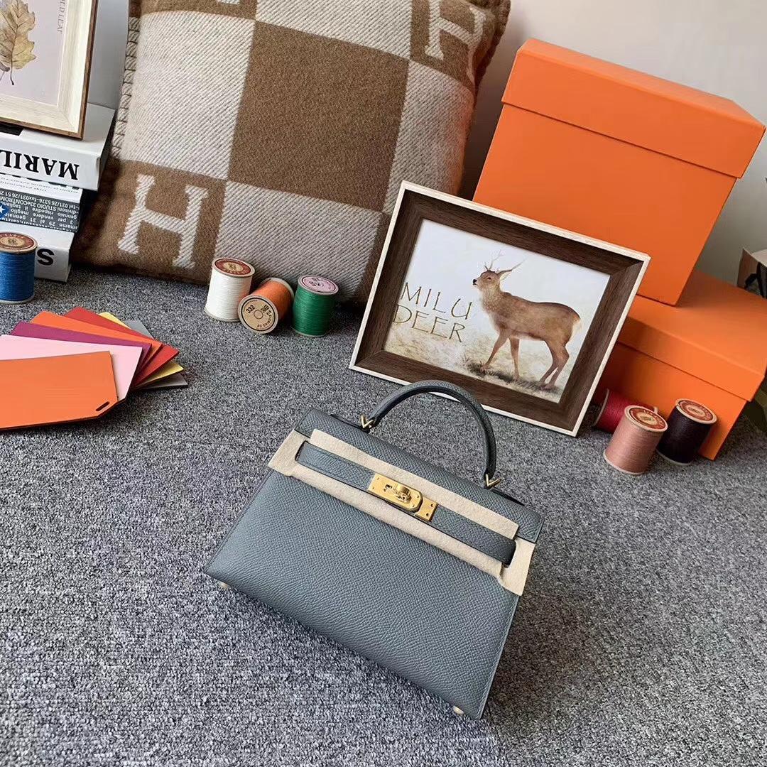 Hermès(爱马仕)杏绿色 原厂御用顶级Epsom 皮 Mini  Kelly 二代 金扣 现货
