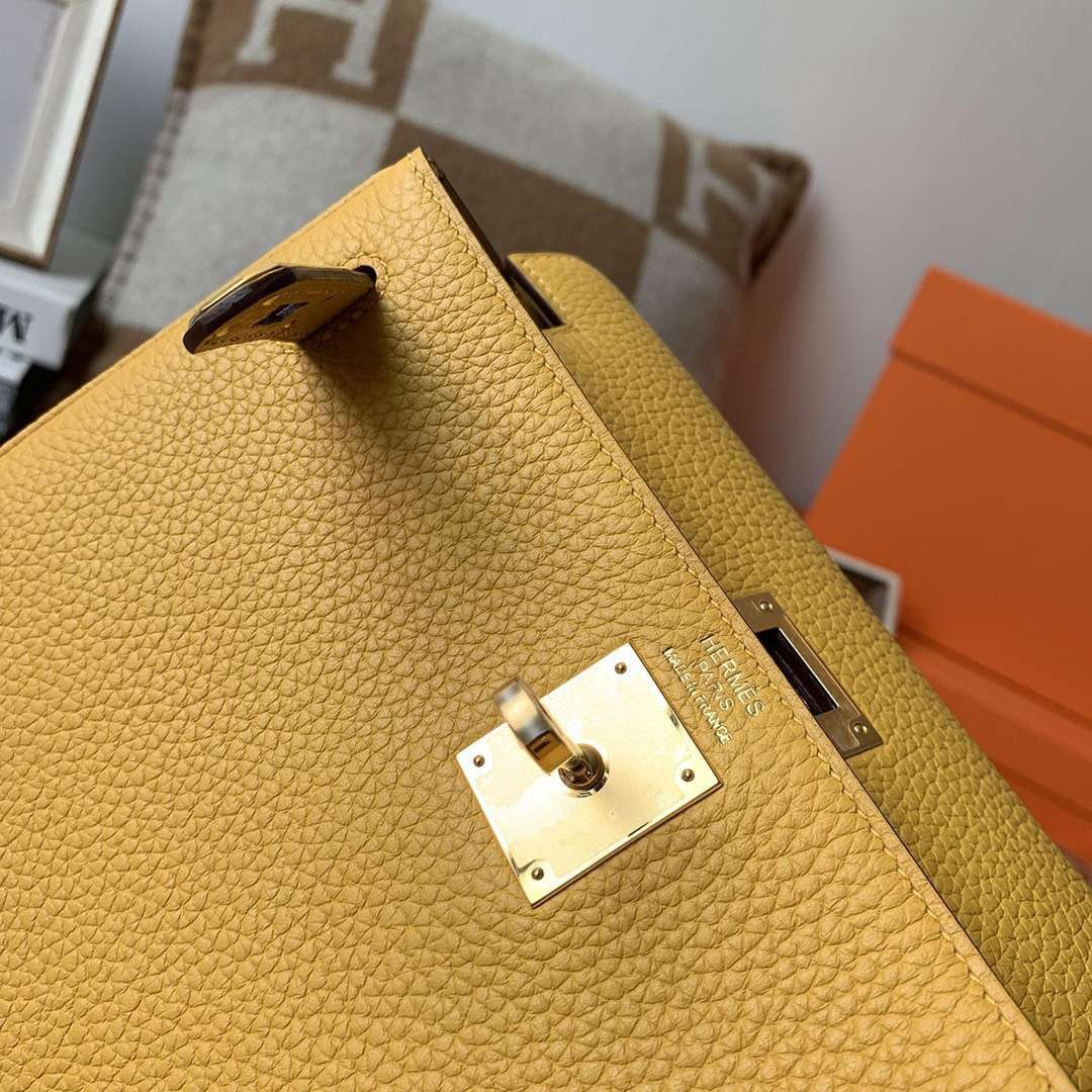 Hermès(爱马仕)9D琥珀黄 原厂御用顶级TC 皮 Kelly ado 金扣