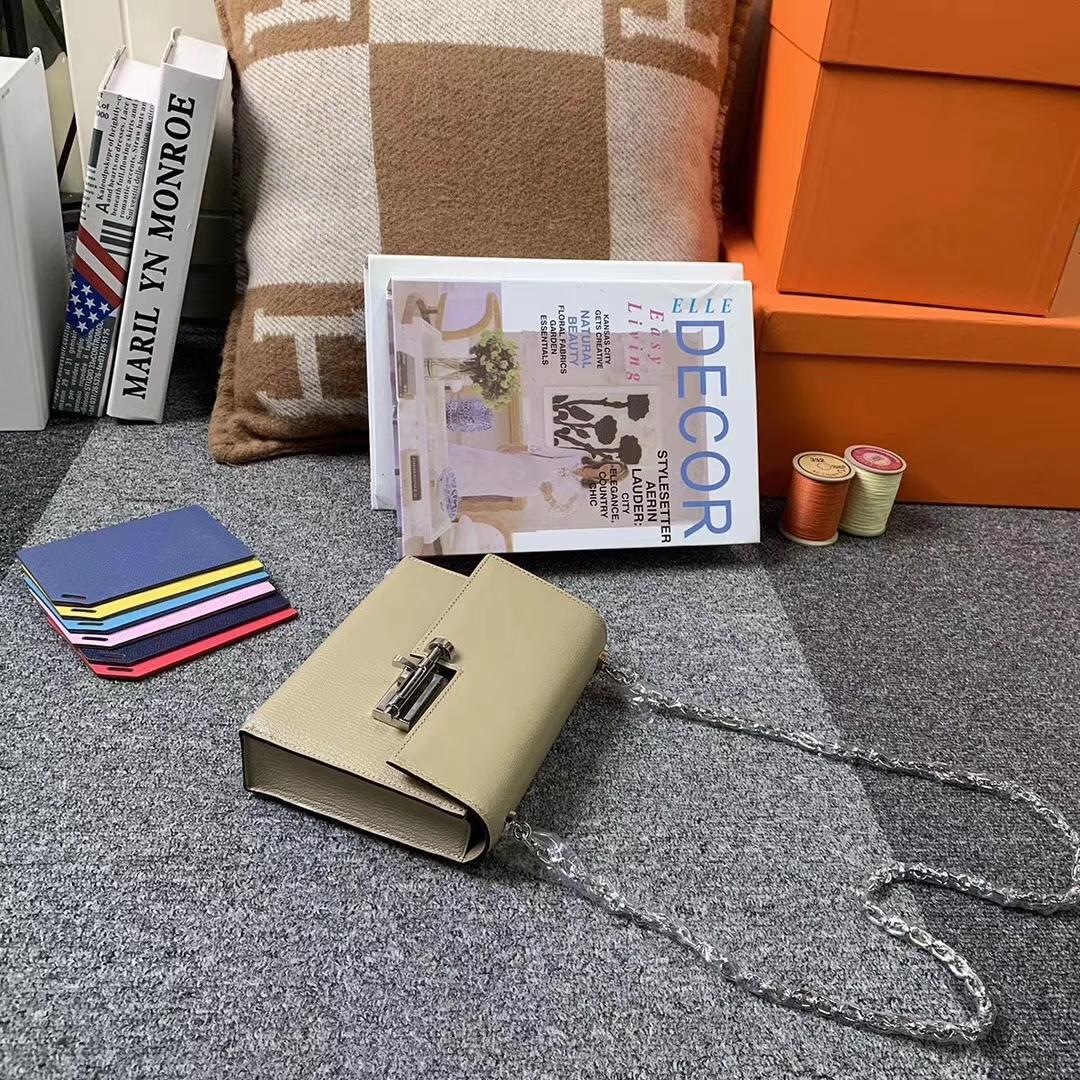 Hermès(爱马仕)S2 风衣灰 原厂御用顶级山羊皮 Verrou 插销包 现货