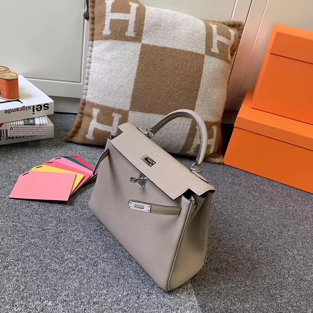 Hermès(爱马仕)CK81 斑鸠灰 原厂御用顶级小牛皮 Kelly 25 银扣 现货