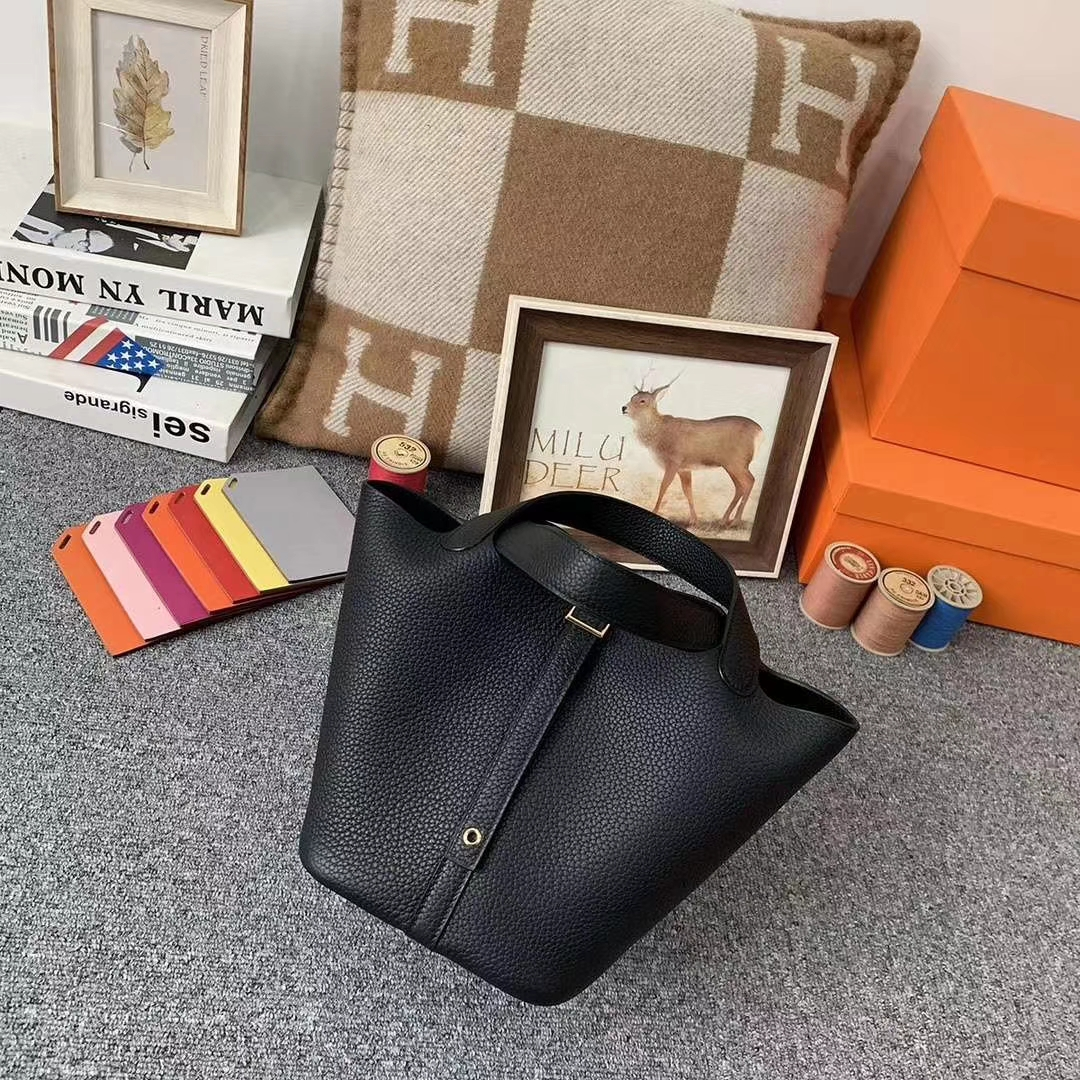 Hermès(爱马仕)cK89 黑色 原厂御用顶级TC 皮 Picotin  Lock 18cm 银扣 现货