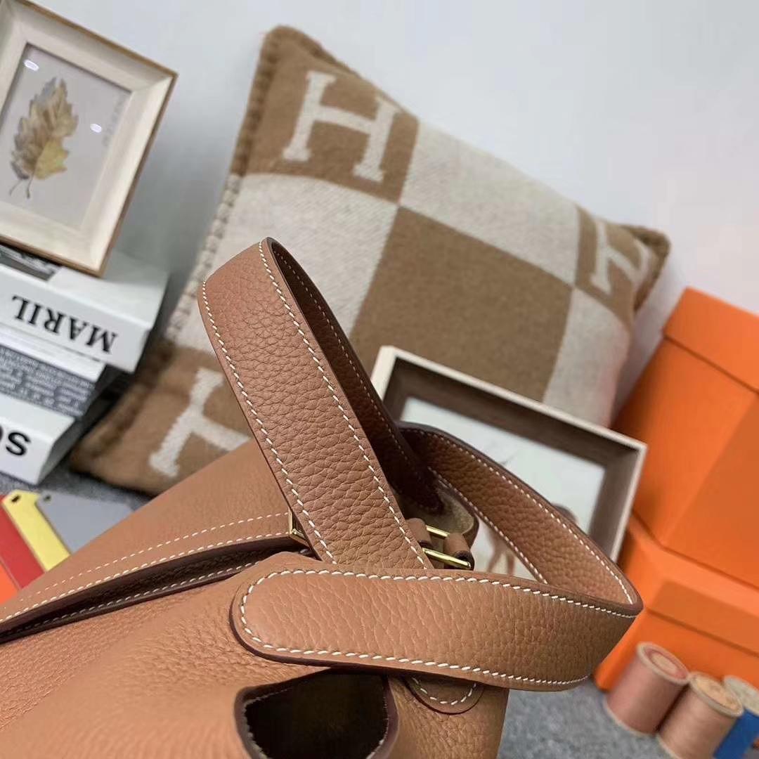 Hermès(爱马仕)c37 金棕色 原厂御用顶级TC 皮 Picotin  Lock 18cm 金扣 现货