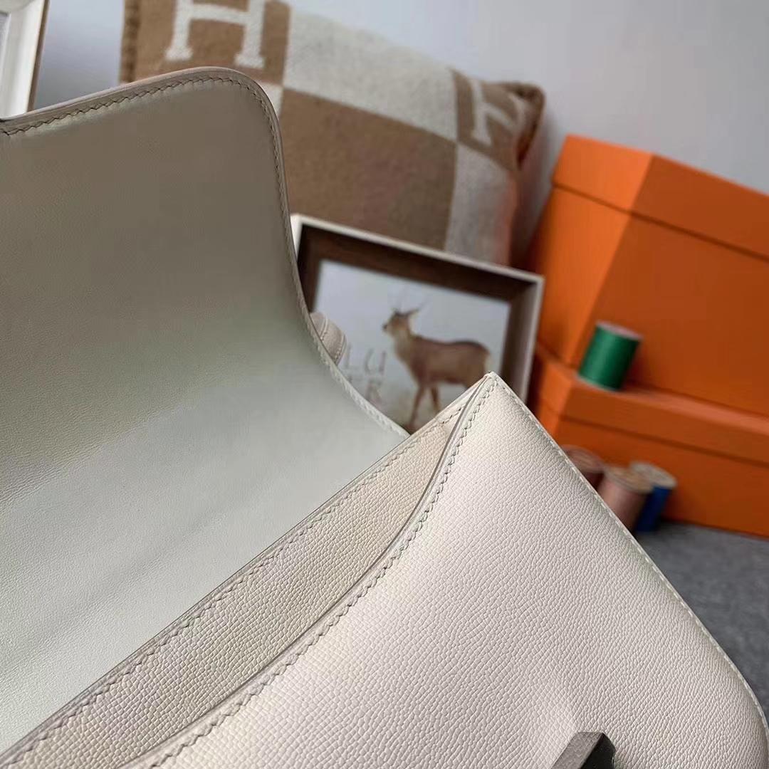 Hermès(爱马仕)新皮 奶昔白 原厂御用顶级Monsieur皮 Constance 19 银扣 现货