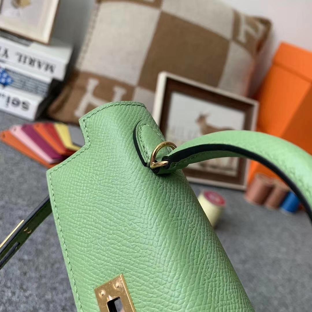 Hermès(爱马仕)I3 牛果油绿 原厂用御顶级Epsom 皮 Mini Kelly 二代 金扣 现货