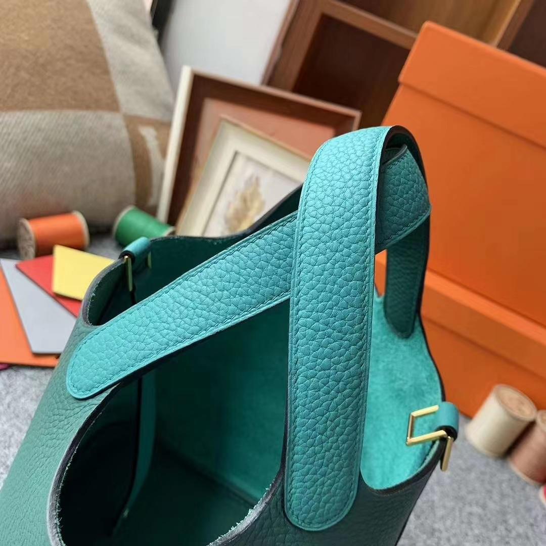 Hermès(爱马仕)孔雀绿拼孔雀蓝 原厂御用顶级TC皮 Picotin  Lock 18cm 金扣