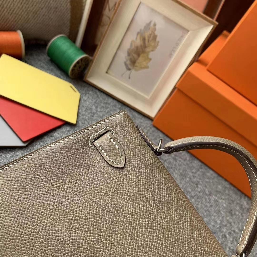 Hermès(爱马仕)CK18大象灰 原厂御用顶级Epsom 皮 Mini Kelly 二代 银扣 现货