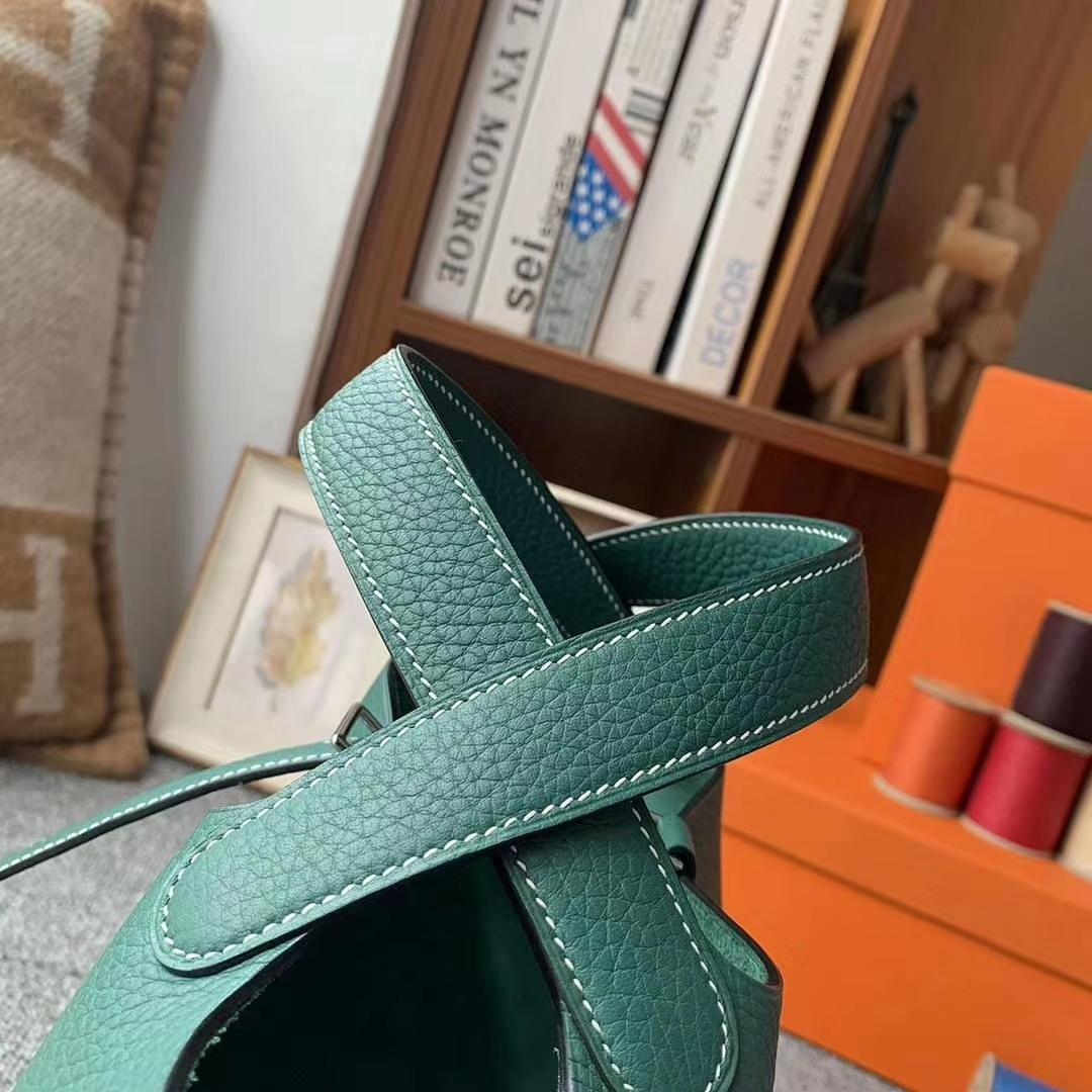 Hermès(爱马仕)Z6孔雀绿 白色线 原厂御用顶级TC皮 Picotin  Lock 18cm 银扣