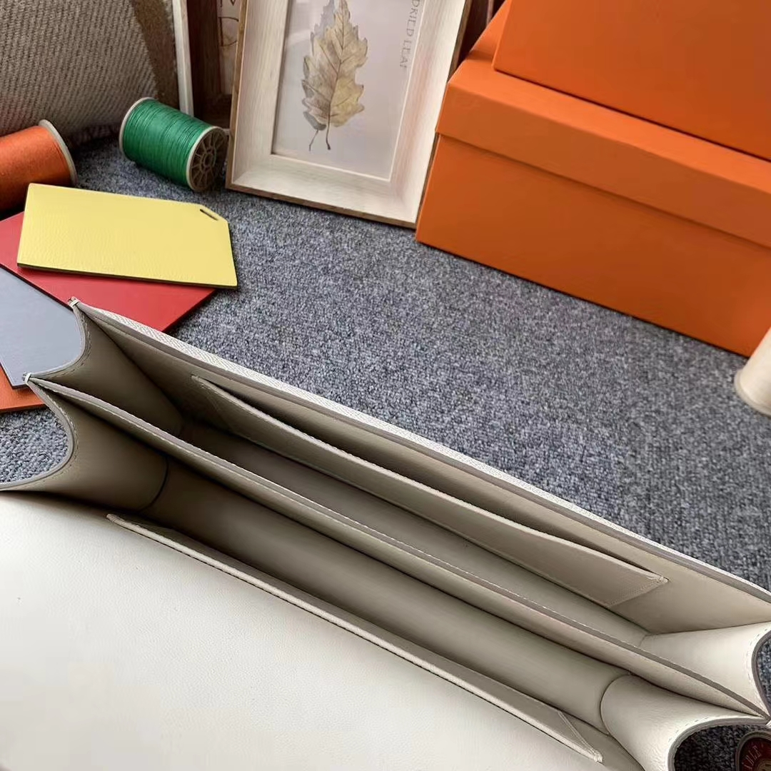 Hermès(爱马仕)constance 空姐包 奶昔白 原厂御用顶级Epsom皮 金扣 26cm