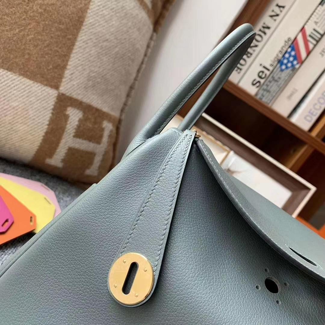 Hermès(爱马仕)杏绿色 原厂御用顶级Ever Color 皮 Lindy 26 金扣
