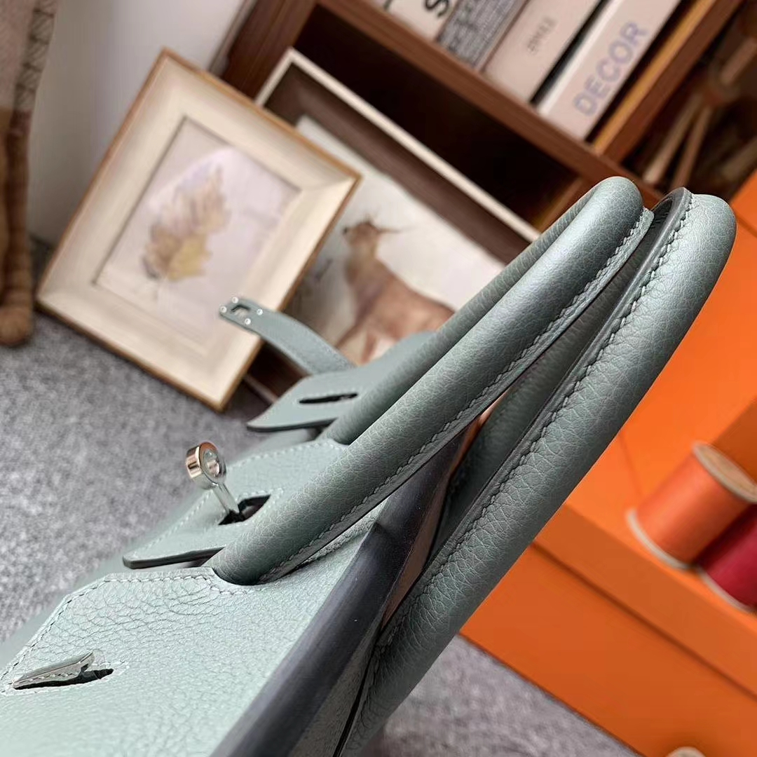 Hermès(爱马仕)杏绿色 原厂御用顶级小牛皮 Birkin 25 银扣