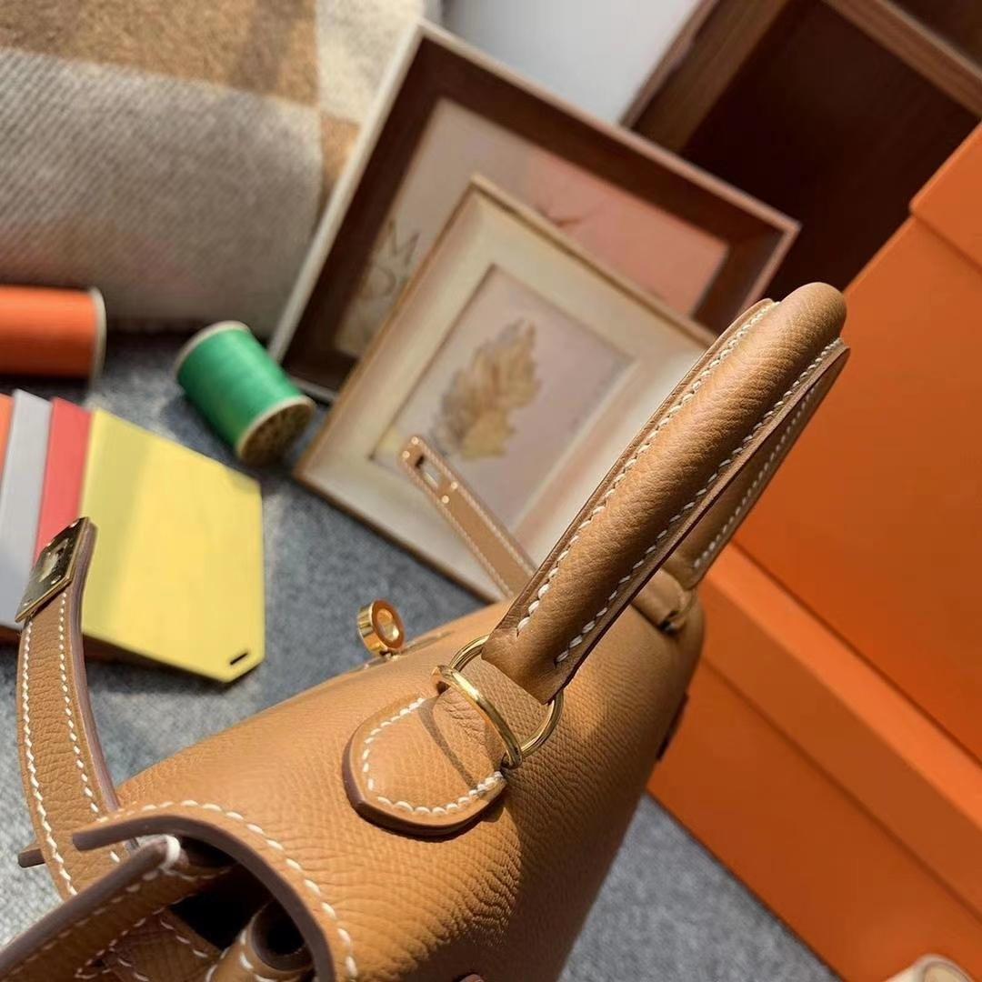 Hermès(爱马仕)C37金棕色 原厂御用顶级Epsom 皮 Kelly 25 外缝 金扣 现货