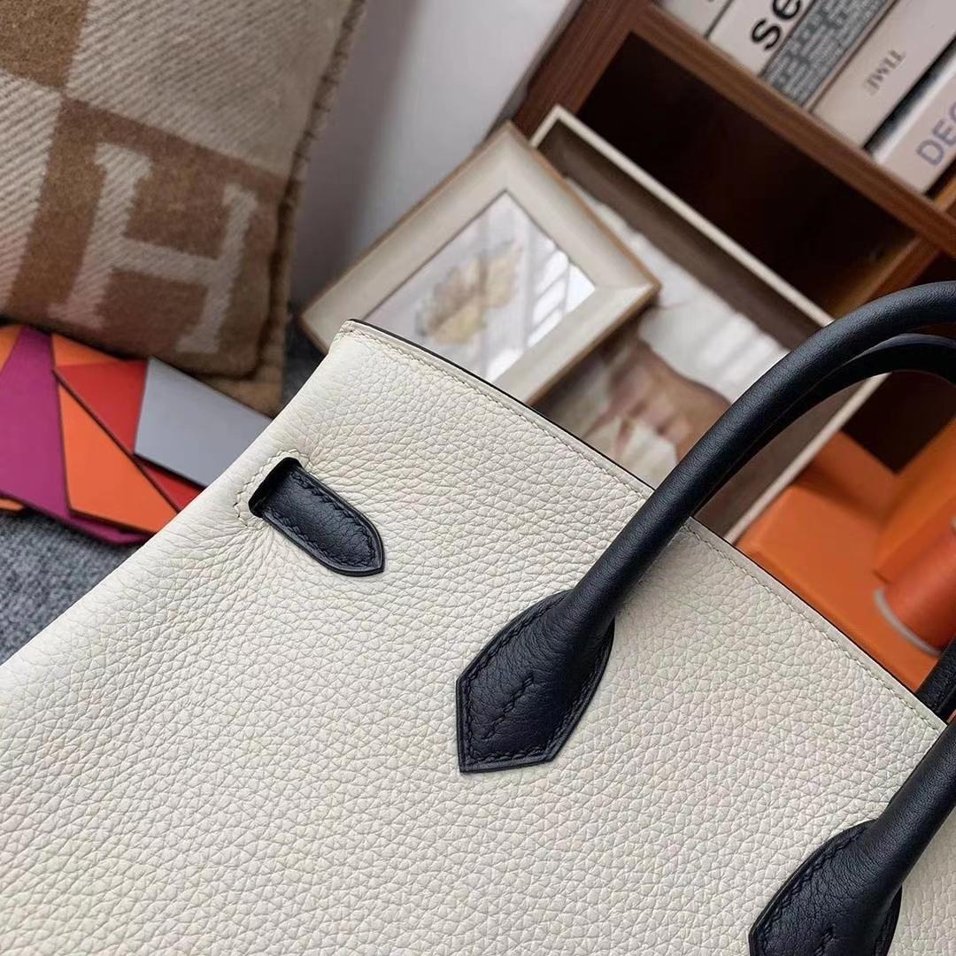 Hermès(爱马仕)奶昔白拼黑色 原厂御用顶级小牛皮 Birkin 25 金扣