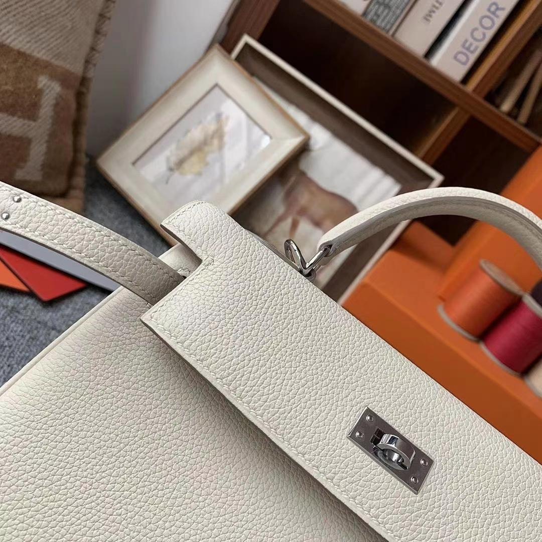 Hermès(爱马仕)奶昔白 原厂御用顶级小牛皮 Kelly 25 金扣 银扣 现货