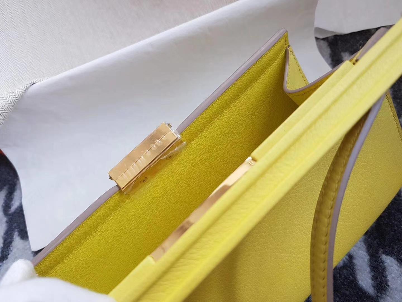 Hermès(爱马仕)Clic H 21 Evecolor小牛皮9R Lime 糖果黄 金扣 超赞
