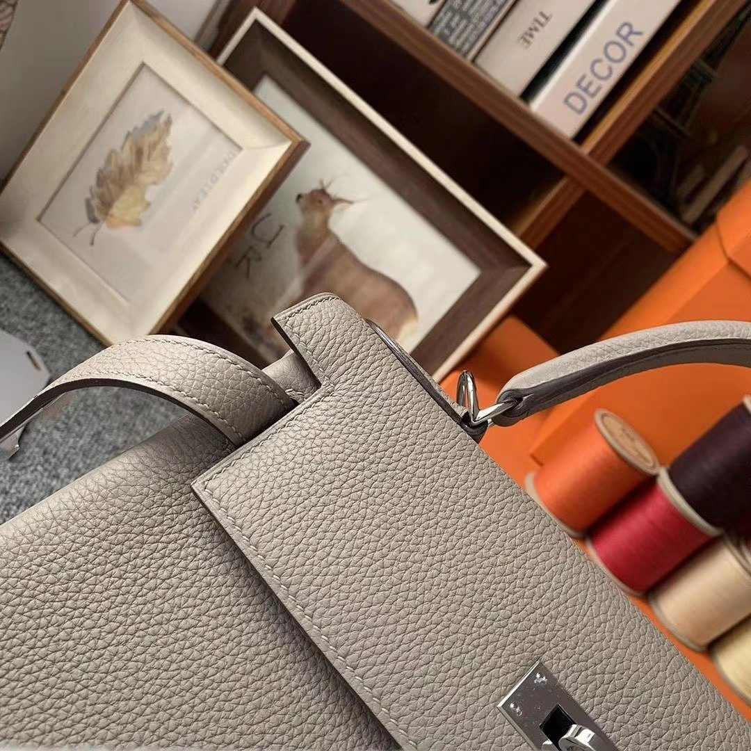 Hermès(爱马仕)M8沥青灰 原厂御用顶级小牛皮 Kelly 28 银扣 现货