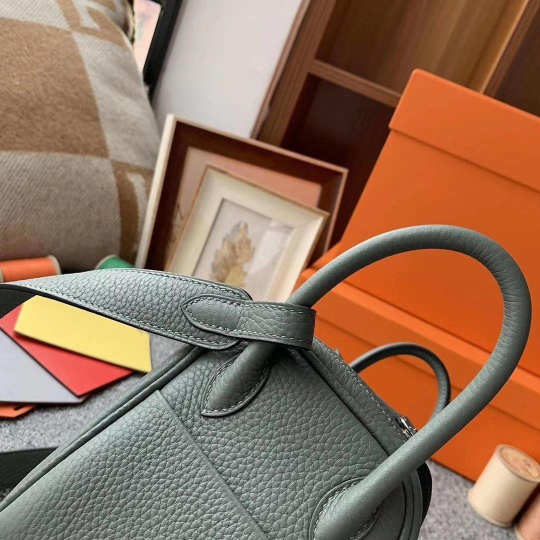 Hermès(爱马仕)杏绿色 原厂御用顶级TC皮 Mini Lindy 银扣 现货