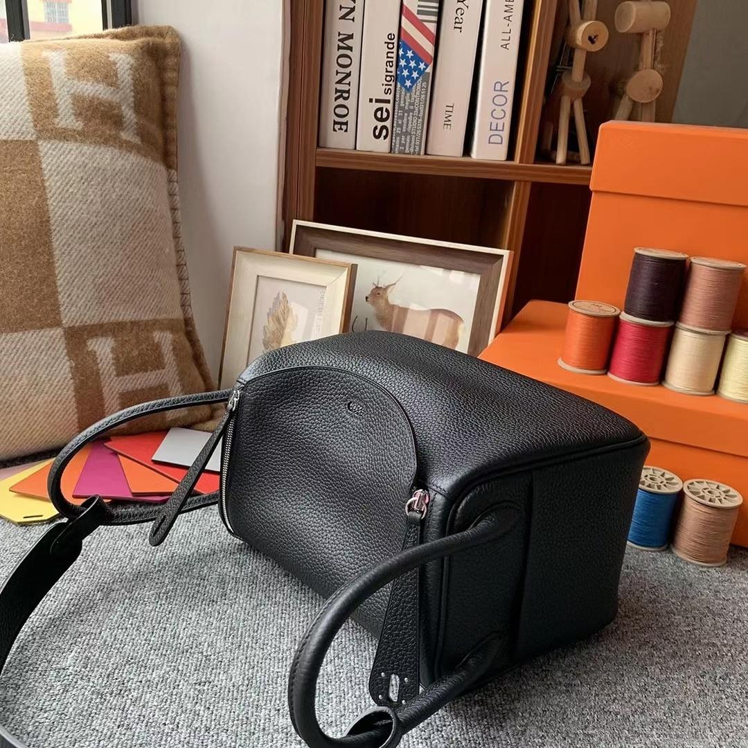 Hermès(爱马仕)CK89黑色 原厂御用顶级TC皮 Lindy 26 金扣 银扣 现货