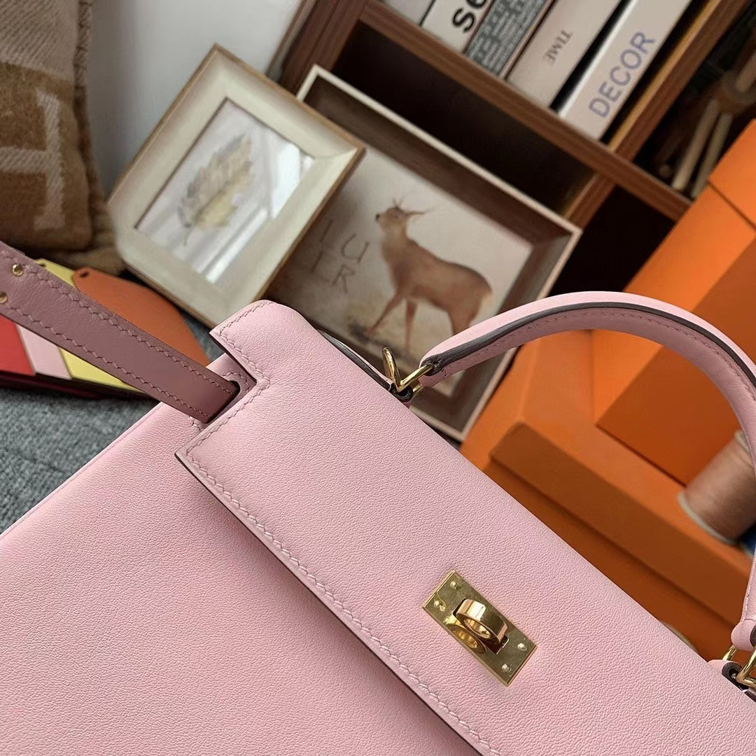 Hermès(爱马仕)3Q新樱花粉 原厂御用顶级Swift 皮 Kelly 25 金扣