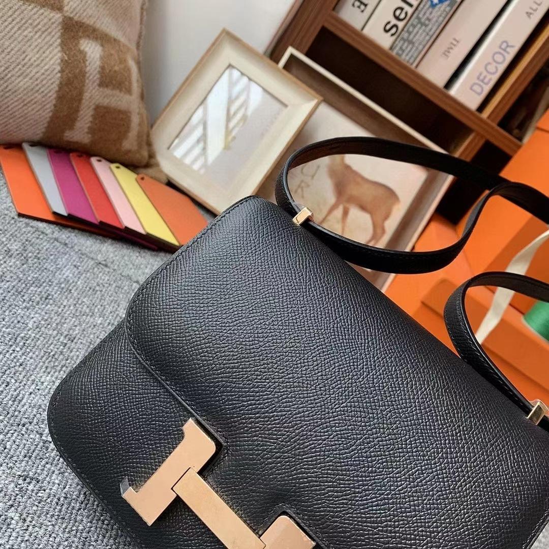 Hermès(爱马仕)CK89黑色 原厂御用顶级Epsom 皮 Constance 19 玫瑰金扣