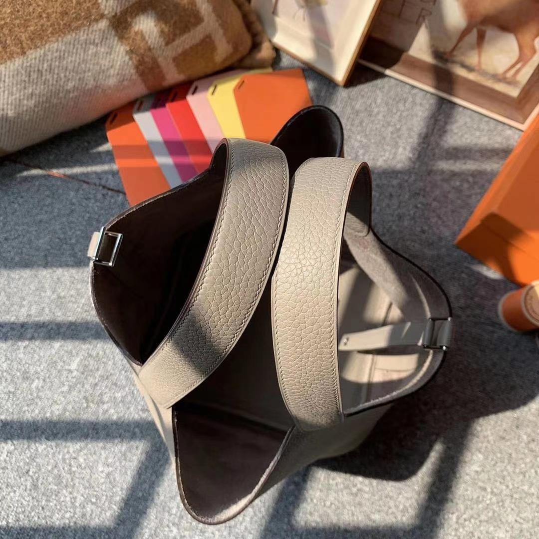 Hermès(爱马仕)M8沥青灰 原厂御用顶级TC皮 Picotin  Lock 22cm 银扣