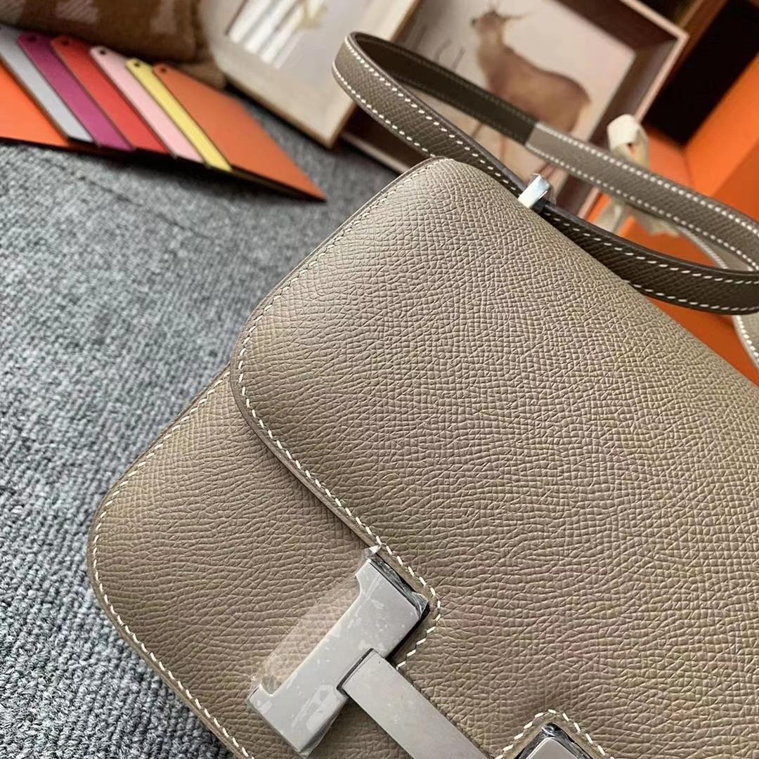 Hermès(爱马仕)CK18大象灰 原厂御用顶级Epsom 皮 Constance 19 银扣