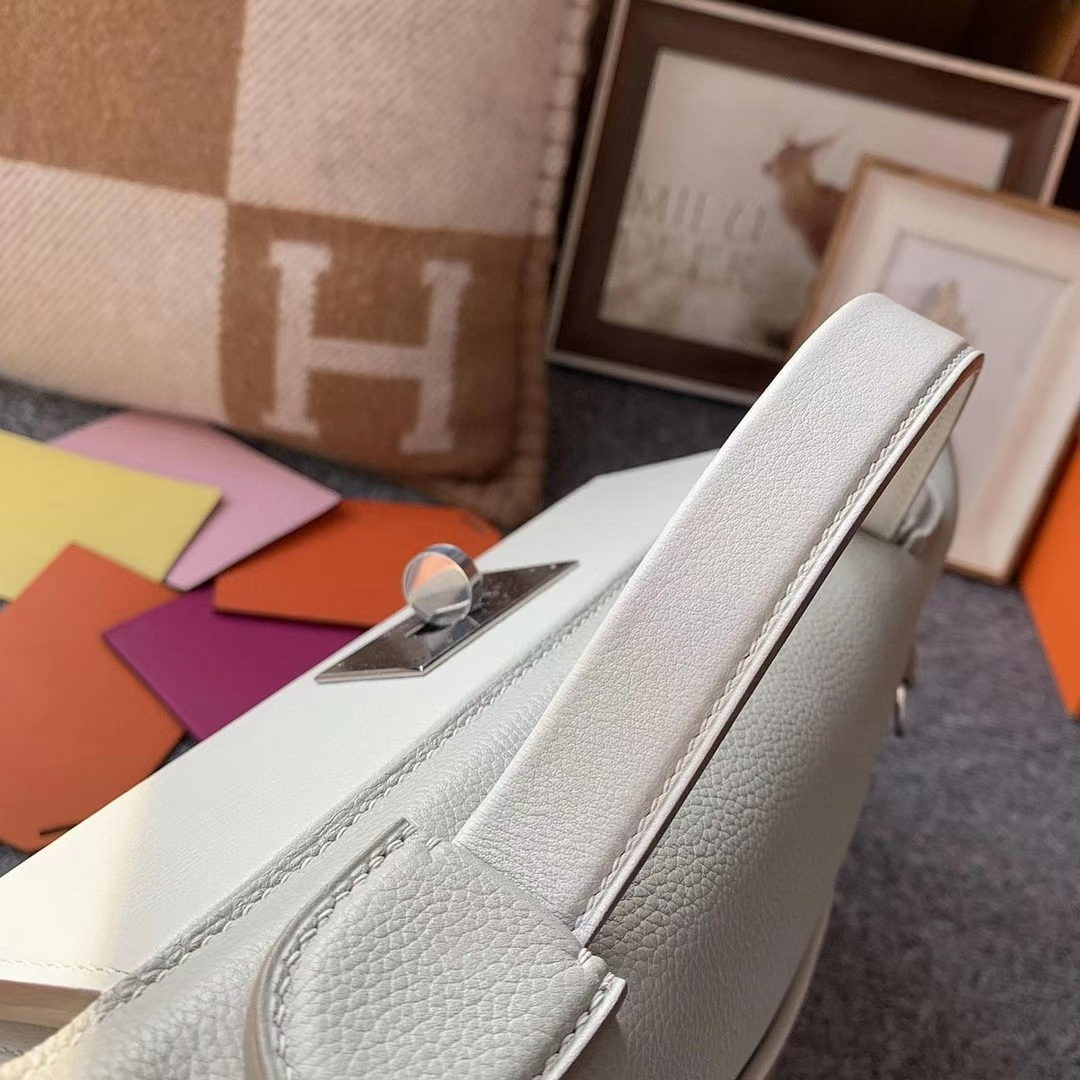 Hermès(爱马仕)C80 珍珠灰 原厂御用顶级小牛皮拼Swift 皮 2424 银扣