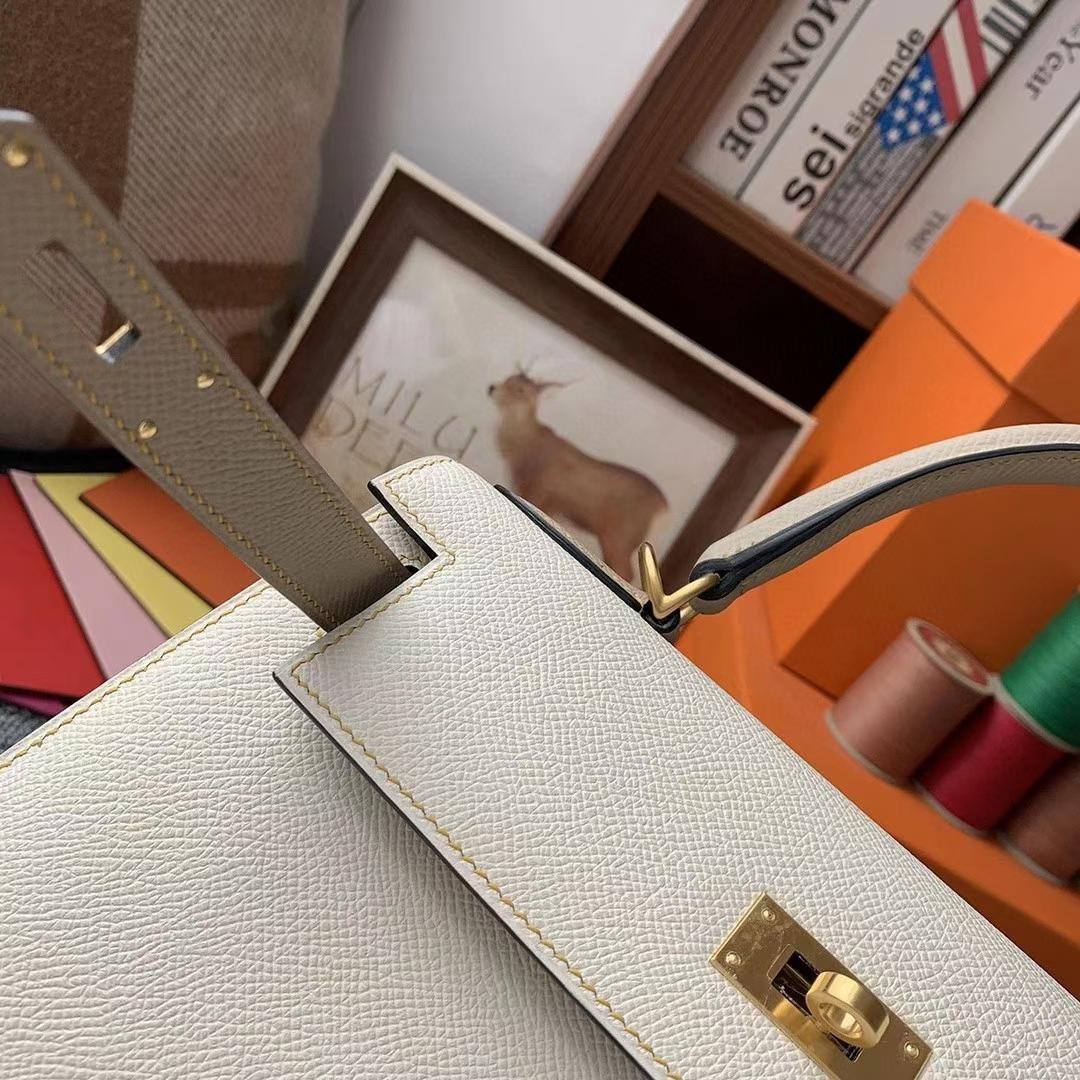 Hermès(爱马仕)奶昔白拼风衣灰 原厂御用顶级Epsom 皮 Kelly 28 外缝 金扣