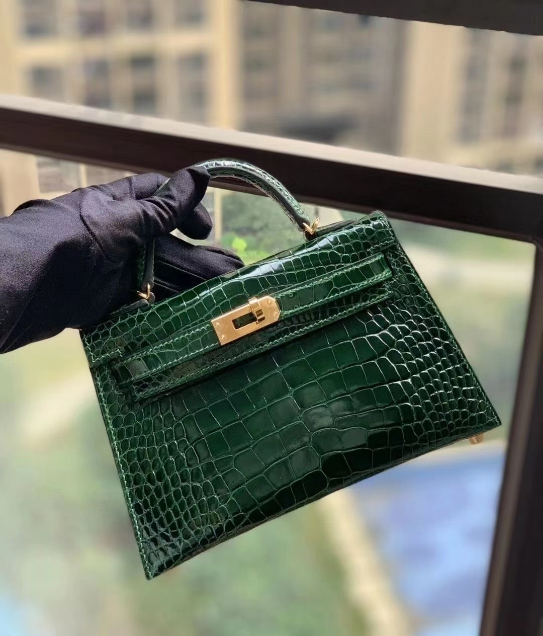 Hermès(爱马仕)CC.67祖母绿 美洲鳄 Mini Kelly 二代 金扣
