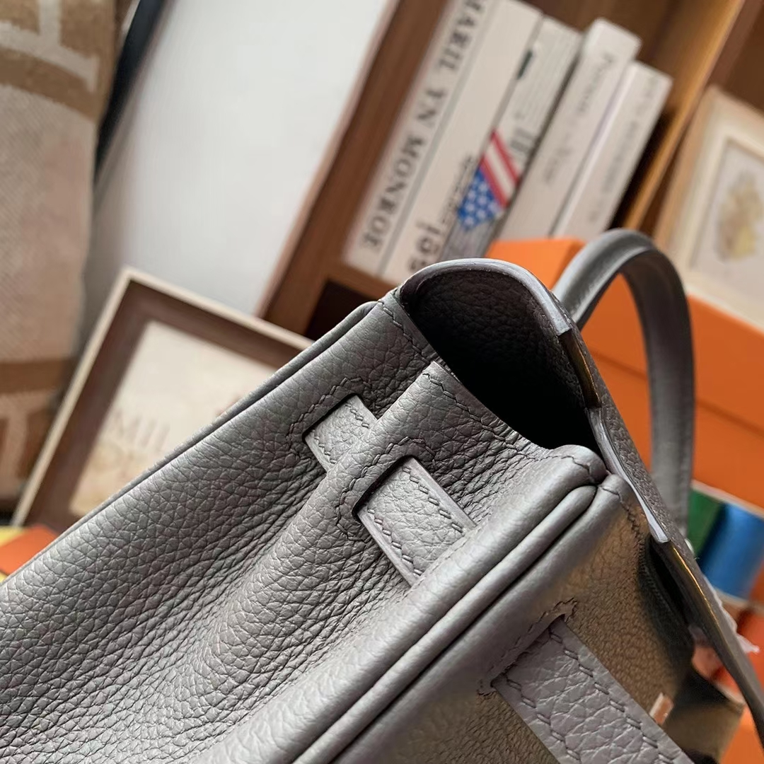 Hermès(爱马仕)8F锡器灰 原厂御用顶级小牛皮 Kelly 25 银扣