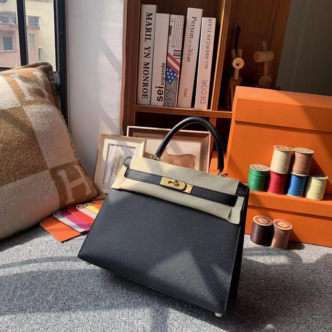 Hermès(爱马仕)Kelly 凯莉包 CK89 黑色 原厂御用顶级Epsom 皮 28 外缝 金扣 银扣 现货