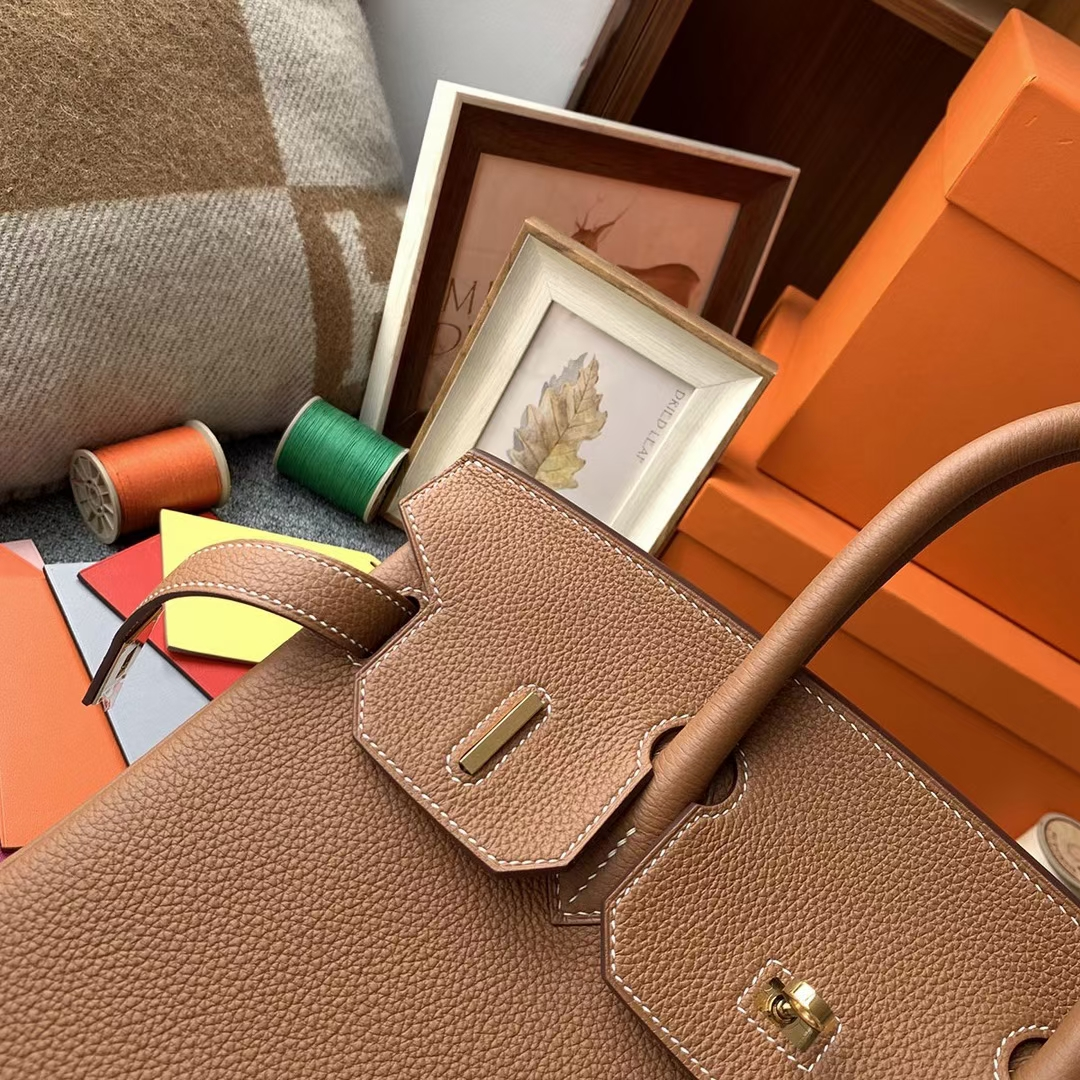 Hermès(爱马仕)Birkin 铂金包 金棕色 原厂御用顶级小牛皮 金扣 30cm 现货