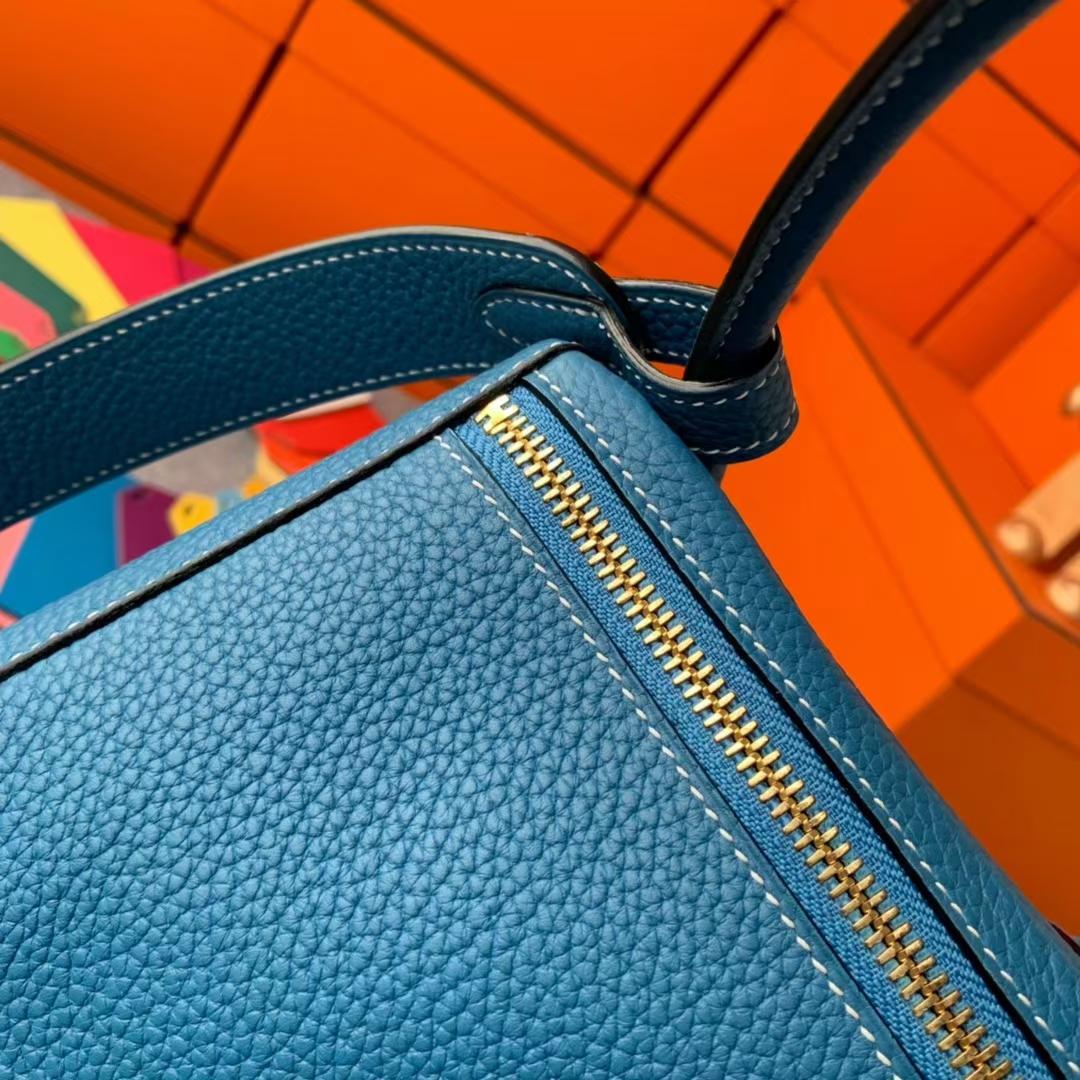 Hermès(爱马仕)Lindy 琳迪包 牛仔蓝 原厂御用顶级TC皮 金扣 30cm 现货