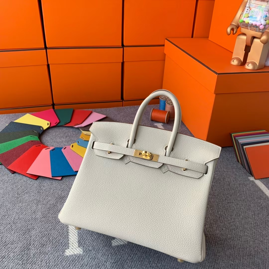 Hermès(爱马仕)Birkin 铂金包 奶昔白 原厂御用顶级小牛皮 金扣 25cm