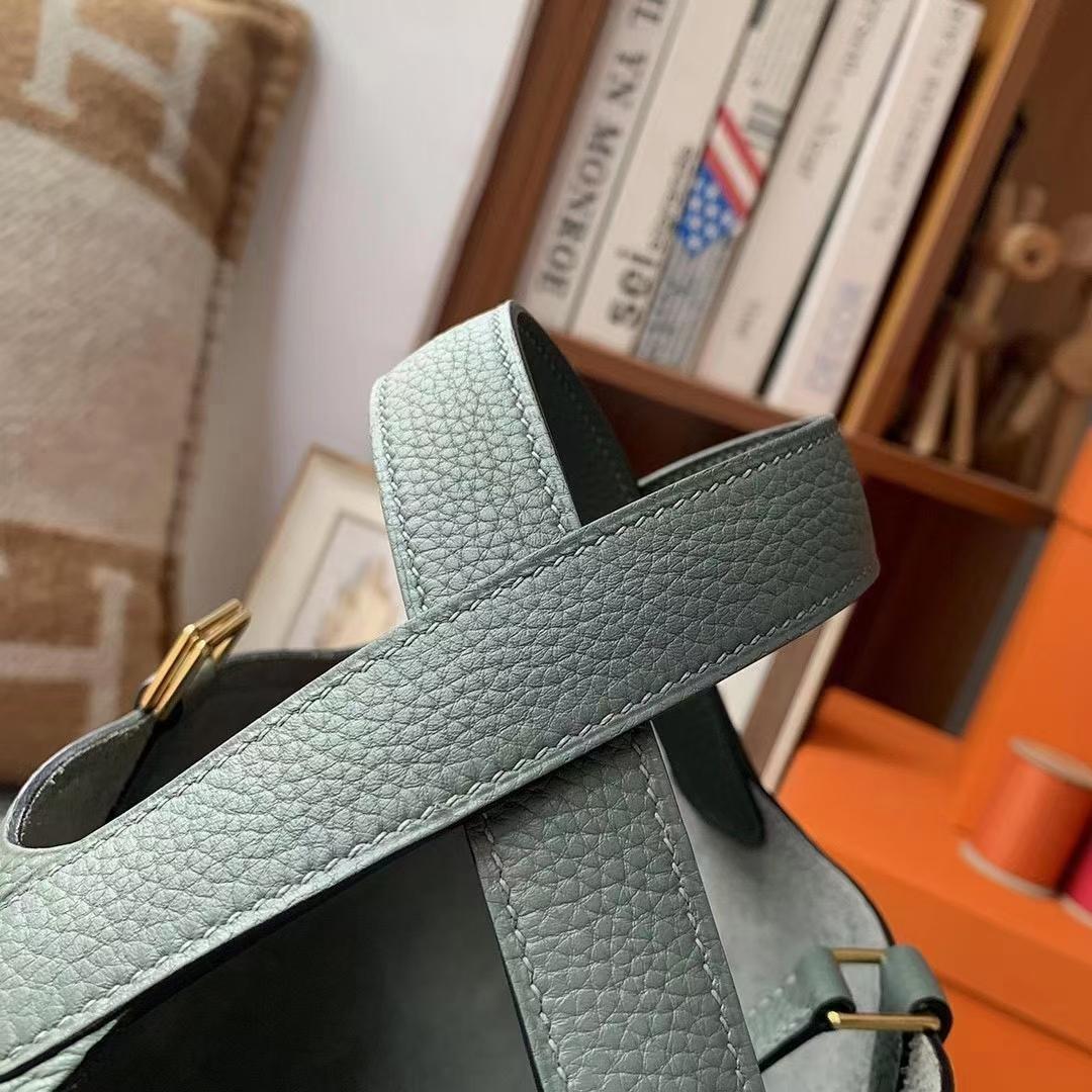 Hermès(爱马仕)Picotin Lock 菜篮子 杏绿色 原厂御用顶级TC皮 18cm 金扣 现货
