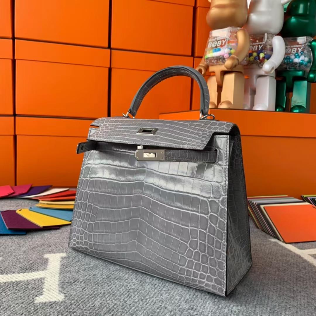 Hermès(爱马仕)Kelly 凯莉包 海鸥灰 尼罗鳄两点 银扣 25cm 现货