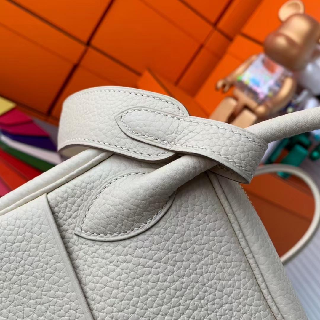 Hermès(爱马仕)Lindy 琳迪包 奶昔白 原厂御用顶级TC皮 金扣 30cm 现货